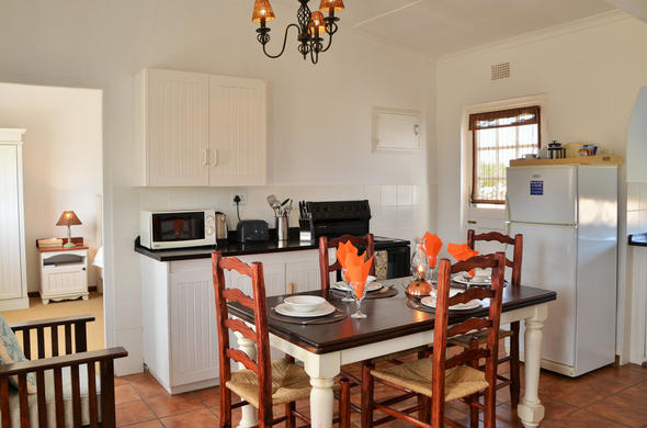 Opstel Equipped Cottage with kitchen at De Hoop Nature Reserve.
