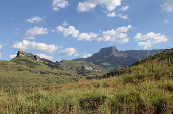 A view of the Drakensberg mountain peaks.