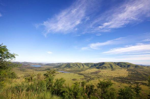 Travel from Johannesburg to Pilanesberg Game Reserve